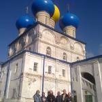 Наместник Никольского собора иерей Александр Шестаков провел экскурсию для врачей.